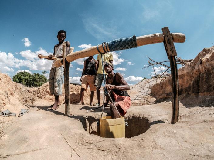Sapphire Mining in Ilakaka